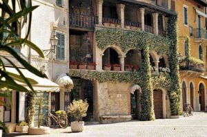 Apartments for Rent for Families Manerba Del Garda